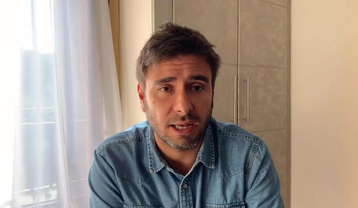 """""""Lavoratore in nero da papà"""", Di Battista anticipa le Iene"""