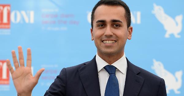 Sicilia, il candidato grillino inciampa in un altro grillino