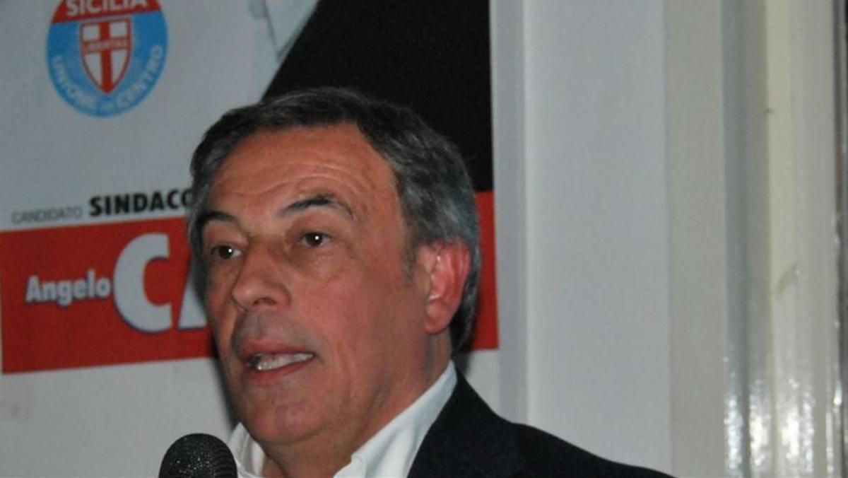 """Diplomi facili, ex deputato siciliano respinge le accuse: """"Sono sereno"""""""