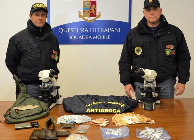 """Scoperto un """"fortino"""" dell'hashisc: un arresto a Trapani"""