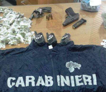 San Giovanni Galermo, scoperto in un nascondiglio armi e droga