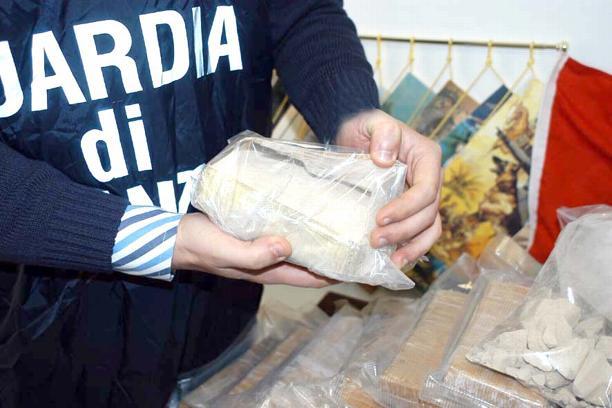 Mafia, sequestrati beni al boss della droga Calogero Rizzuto