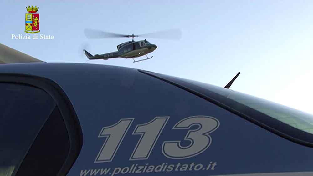 Droga, blitz della polizia a Vibo Valencia: diciotto arresti