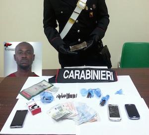 Vittoria, blitz antidroga dei carabinieri: scattano un arresto e 3 denunce