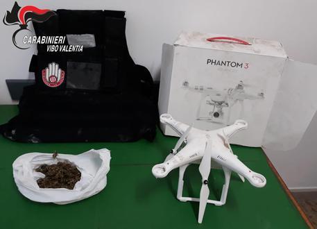 Droga e un drone in un casolare abbandonato nel Vibonese
