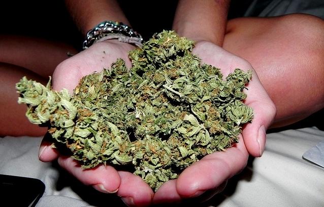 Droga nelle scuole di Siracusa, trovate dieci dosi di marijuana