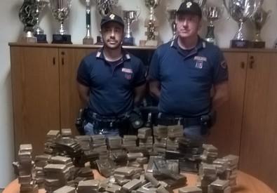 Da Genova a Palermo con 44 chili di droga, arrestato presunto