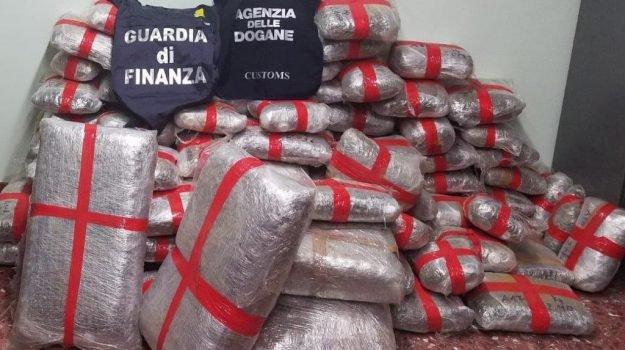 Arresto convalidato per un maltese preso a Pozzallo con 230 chili di droga