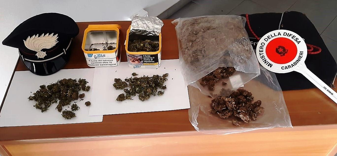 Nell'autocarro più di mezzo chilo di marijuana: arrestato 36enne di Paternò