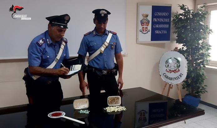 Siracusa, sequestrate in via Italia 103 novantadue dosi di cocaina