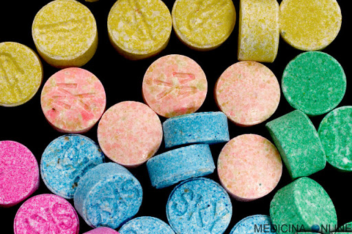 In un anno 128 nuove droghe: 200% nel periodo del lockdown