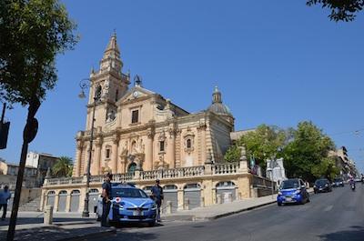 Ragusa, intensificati i controlli della polizia: perquisizioni, arresti e denunce