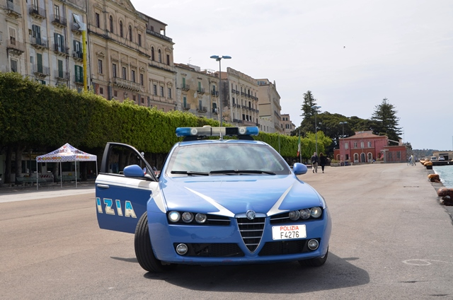 Siracusa, denunciati in stato di libertà tre parcheggiatori abusivi