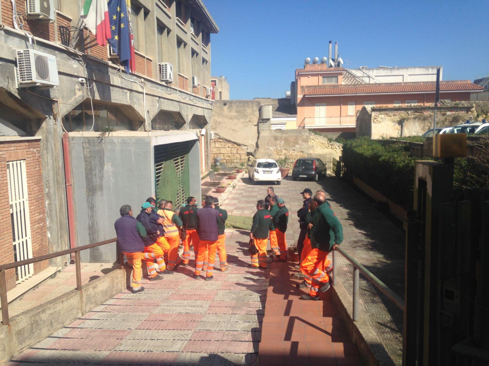 Netturbini Dusty senza stipendi da febbraio in stato di agitazione a Pachino