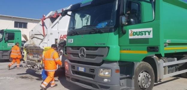 Raccolta dei rifiuti a Catania, proroga per dieci mesi alla Dusty