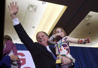 Usa, in Alabama vince il democratico Jones