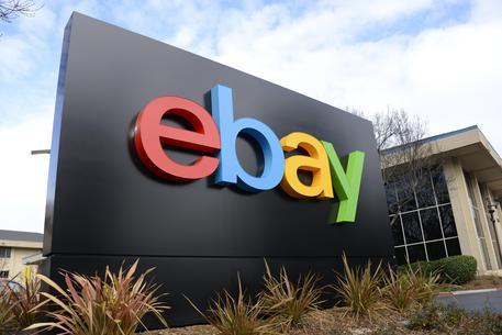 """eBay denuncia Amazon: """"Ci ruba i venditori e vìola le regole"""""""