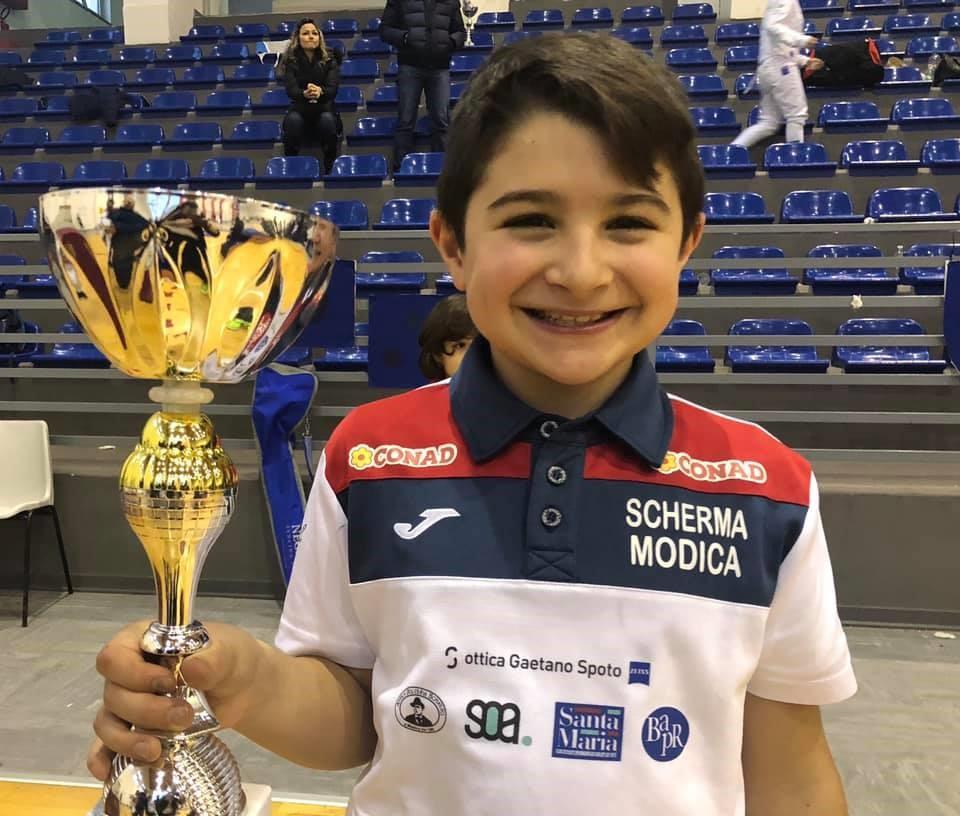 Scherma Modica, Edoardo Aprile trionfa nella prova interregionale Sicilia-Calabria Under 14