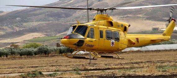 Castronovo di Sicilia, scontro tra un furgone e un autobus: tre feriti