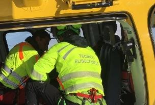 Cade nel vano motore di un motoscafo, muore a 6 anni sul Lago di Como