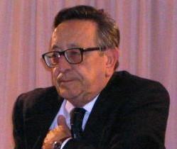 Ragusa, con una funzione laica l'addio al giornalista Emanuele Schembari