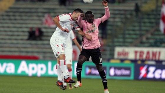 Palermo superstar a Bari, cala il tris ai biancorossi ed è capolista solitario in serie B