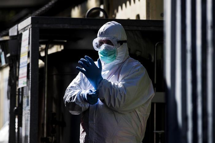 Emergenza coronavirus in Italia, diminuiscono i morti: nelle ultime 24 ore il numero più basso dal 19 marzo