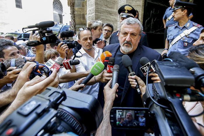 Ex Ilva di Taranto, il governatore Emiliano: trovato accordo sul pagamento delle imprese dell'indotto