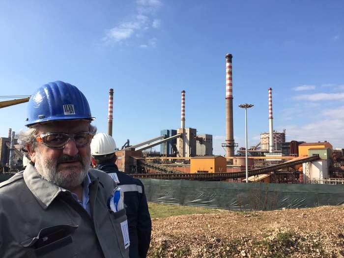 Michele Emiliano: un errore vendere l'Ilva di Taranto per prezzo