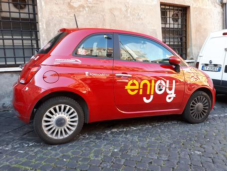 Car sharing, troppi vandali e furti a Catania: Enjoy smobilita