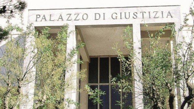 Neonato morto in ospedale,  ginecologa di Enna condannata a sei mesi