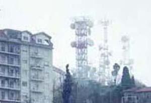 Enna, fuoco allo Spirito Santo minaccia i ripetitori di tv, telefoni e radio