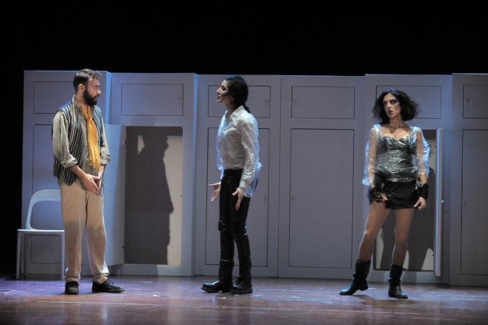 Sei personaggi in cerca d'Autore in scena al Garibaldi di Enna