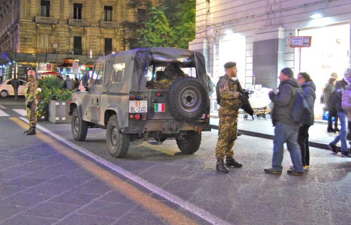 Pattuglie dell'Esercito a Catania: presidio delle strade 24 ore su 24