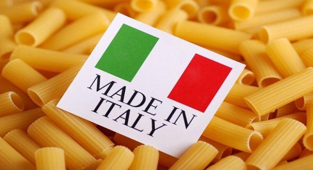Un pacco di pasta su tre è con grano straniero, arriva l'etichetta