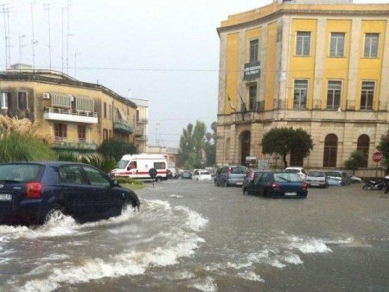 Campania, allerta meteo per vento forte e mare agitato