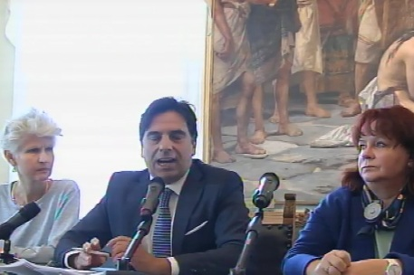 Migranti, eurodeputati a Catania: accoglienza buona ma l'Ue agisca