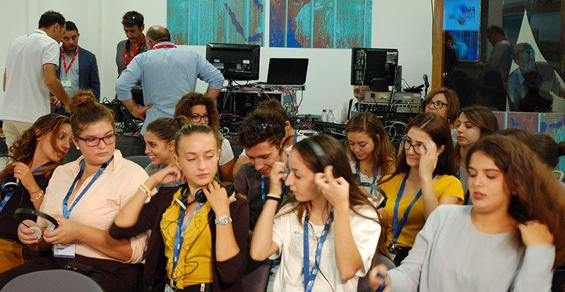 Migranti: studenti d'Europa a Lampedusa con Grasso e Fedeli