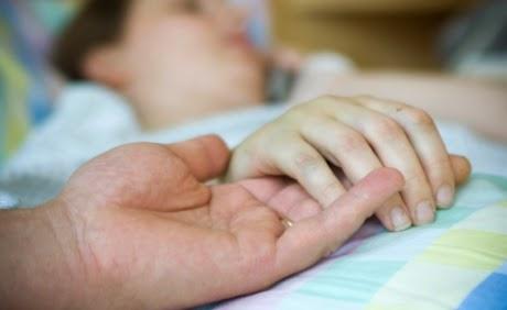 Malato di Sla muore con sedazione profonda: prima volta in Italia