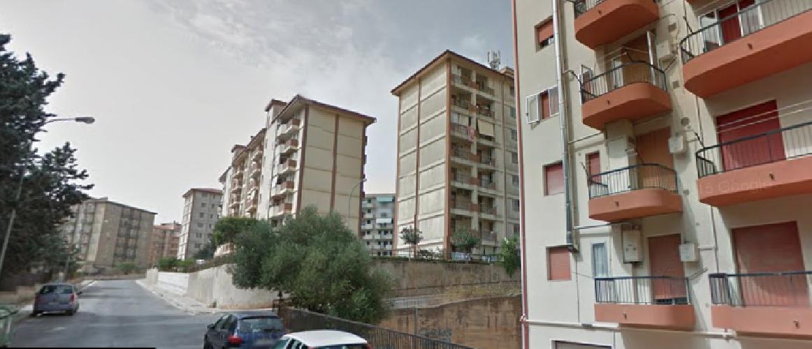 Evacuata a Ragusa una palazzina con 45 persone: si temono crolli