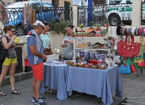A Ustica una mostra mercato dell'artigianato