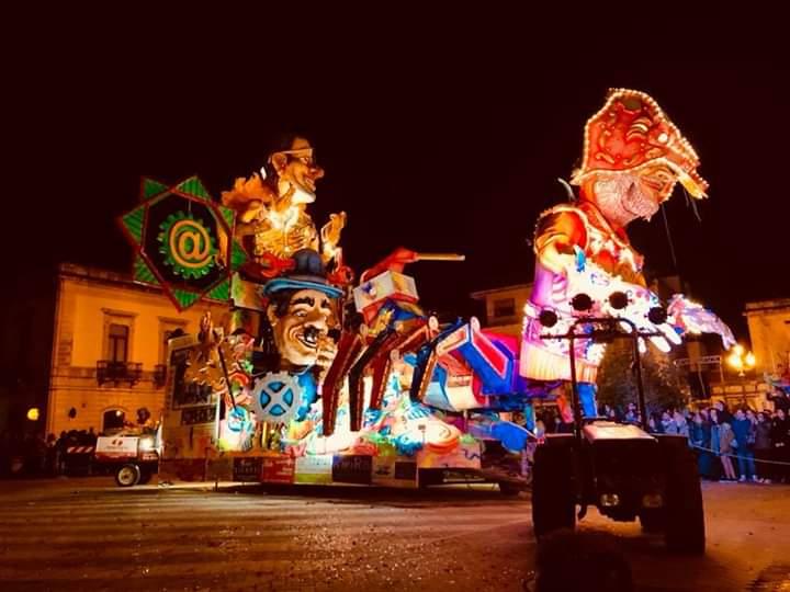 I carristi di Floridia sul piede di guerra: dateci i soldi del Carnevale 2018