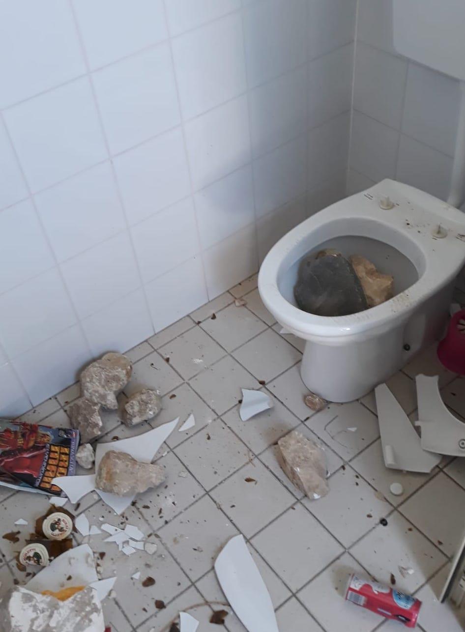 Consigliere di Rosolini fa sistemare i servizi igienici del Parco a sue spese