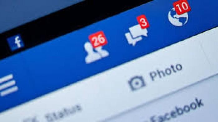 Lecce, avrebbe adescato 20 bambine su Facebook: 41enne arrestato a Palermo