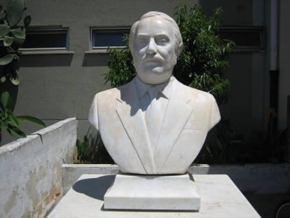 Palermo, recuperato il busto di Falcone danneggiato allo Zen