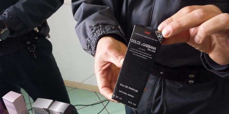 Falsi: oltre 170 mila prodotti sequestrati dalla finanza di Catania