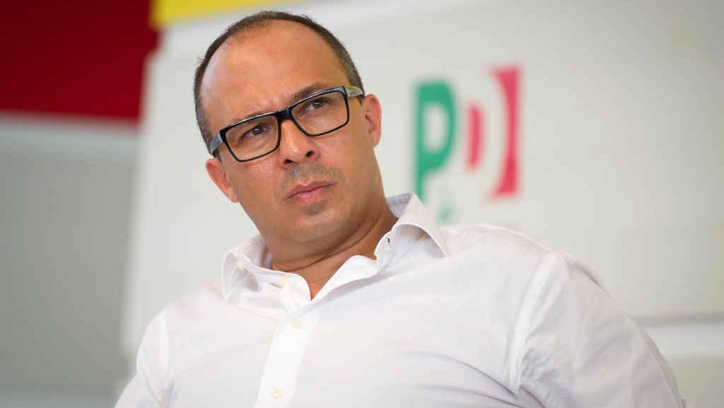 Pd, il 'renziano' Davide Faraone non è più il segretario regionale