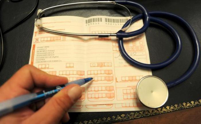 Smercio illegale di farmaci, 9 ordinanze cautelari a Cosenza
