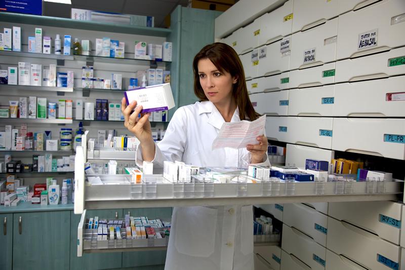 Da tre anni la Regione non procede all'assegnazione di 222 nuove farmacie