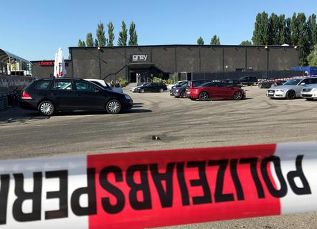 Germania, sparatoria in una discoteca a Costanza: due morti